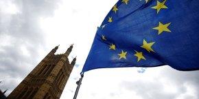 La Première ministre britannique, Theresa May a accepté en décembre un accord financier d'un montant total de 35 à 39 milliards de livres sterling (39-44 milliards d'euros) qui, selon les ministres, dépendait de l'établissement des futures relations commerciales.
