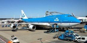Les négociations entre KLM et le syndicat se trouvent dans une impasse depuis que les pilotes ont rejeté, au printemps dernier, un projet d'accord proposé par la compagnie aérienne.