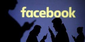 Facebook, plus grand réseau social au monde, est utilisé par plus de 2,2 milliards d'utilisateurs.
