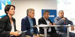 Annick Le Lan (directrice de l'agence économique Alès Myriapolis), Philippe Lamouroux (président de l'ordre régional des experts-comptables), Jalil Benabdillah, 1er vice-président d'Alès Agglomération, et Max Roustan, président d'Alès Agglomération.