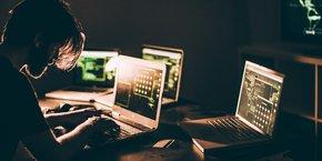 De nombreux internautes se sentent désarmés face à un environnement virtuel complexe et au pouvoir monopolistique des géants du digital.