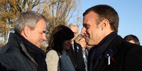 Xavier Bertrand et Emmanuel Macron, le 8 novembre.