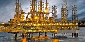 L'une des plates-formes opérées par NOC dans Al Shaheen, le plus grand champ pétrolifère qatari