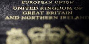 Un passeport britannique.