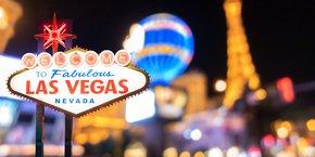 Visites guidées thématiques avec promesses de rendez-vous qualifiés, soirées de networking, contrats signés dans les suites des hôtels... Du 7 au 10 janvier, le business liée au CES s'étale partout à Las Vegas.