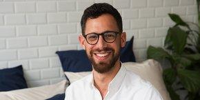 Julien Blanc, fondateur de Greige, un site d'e-commerce de linge de maison.
