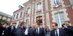 Mardi 15 janvier, Emmanuel Macron s'est invité au conseil municipal de Gasny (Eure).