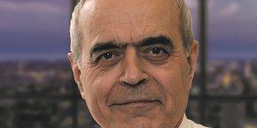Ancien directeur du renseignement à la DGSE, Alain Juillet est aujourd'hui consultant en intelligence économique au sein du Cabinet Orrick.