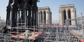 Une photo de l'échafaudage entourant la flèche de Notre-Dame prise quatre jours avant l'incendie, le jeudi 11 avril dernier.