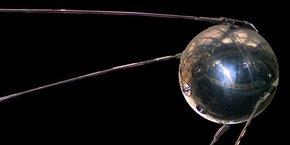 Spoutnik 1, le satellite russe qui a lancé la course à l'espace.