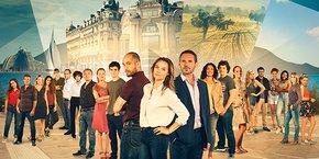 La série Un si grand soleil est tournée à 40 % dans les nouveaux studios de France Télévisions, à Vendargues, et à 60 % en extérieur, à Montpellier et dans les environs.