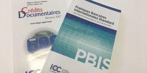Aujourd'hui, le crédit documentaire est régi par les Règles et usances uniformes (RUU) de la Chambre de Commerce Internationale (CCI).