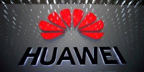 Sur le Vieux Continent, Huawei continue de susciter la suspicion de nombreux gouvernement et des services de renseignements. Ceux-ci redoutent que ses infrastructures télécoms - en particulier dans le mobile et la 5G - servent de cheval de Troie à la Chine pour espionner ou possiblement interrompre les communications.