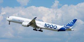 L'équipage présent dans l'A350-1000 a réalisé huit décollages en mode automatique.