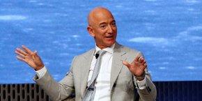 La Terre est la seule chose que nous ayons tous en commun. Protégeons-la, ensemble, a lancé Jeff Bezos sur son compte Instagram