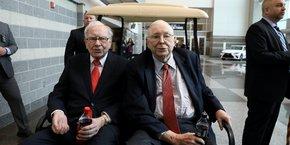 Warren Buffett (89 ans) (à gauche) et son associé, Charlie Munger (96 ans), patrons de la société Berkshire Hathaway