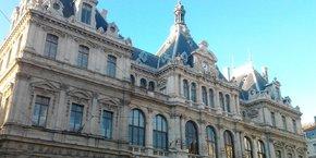 La CCI de Lyon Roanne Saint-Etienne a initié une démarche proactive de contact de ses ressortissants.