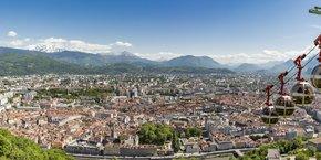 A Grenoble, le marché du neuf et de l'ancien n'ont pas nécessairement rencontré les mêmes tendances en 2020. Seule certitude : la ville affiche une relative stabilité de ses prix, voire une légère hausse, mais également une demande qui demeure forte.