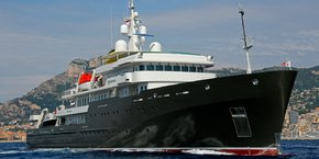 Yacht utilisé dans les explorations scientifiques, le Yersin vient d'arriver à Bordeaux pour trois mois de travaux aux Bassins à flot.