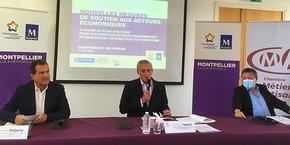 André Deljarry (président de la CCI de l'Hérault), Philippe Saurel (président de la Métropole de Montpellier et maire de la ville) et Christian Poujol (président de la Chambre des métiers et de l'artisanat 34) présentent la phase 3 du plan de soutien à l'économie.