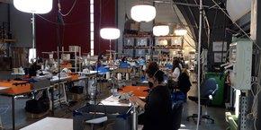 Air Star a dû réorganisation son atelier en vue de monte rune ligne de production de masques en grande série, tout en respectant les consignes sanitaires.