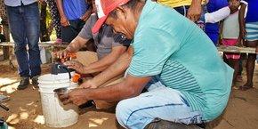 Le purificateur d'eau Orisa, de la startup Fonto de Vivo, en Colombie.