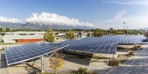 Pour les entreprises, un prêt destiné à la transition énergétique, sans plafond, sera notamment accessible au sein de la Banque de la Transition Energétique de la BPAura.