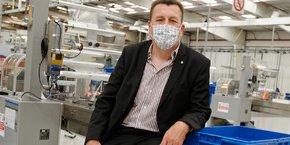 Benoît Basier, président de Barral, a installé son atelier de confection de masques dans les locaux de l'équipementier automobile Mahle-Behr.