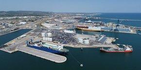 La crise a perturbé les activités du port de Sète, qui perd 10% de son chiffre d'affaires global en 2020, mais limite la casse.