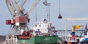 La bataille pour relancer au maximum l'activité de l'avant-port de Bassens est lancée, et elle sera verte.