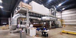 Le groupe AHG va investir dans une machine de 10 mètres de haut pour produire le meltblown, matière première pour le filtre des masques chirurgicaux.