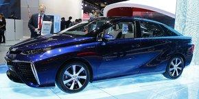 Lancé en 2015, la Toyota Mirai est l'un des premiers véhicules équipé d'une pile à combustible.
