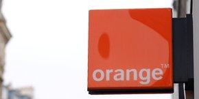 Le secteur des télécoms voit depuis des années ses revenus chuter en raison de l'hypercompétitivité du marché et de la multiplicité des acteurs low-cost, ce qui rend indispensable d'adapter les opérations (...) afin de garantir la compétitivité de l'entreprise, a expliqué Orange pour justifier ce plan social.
