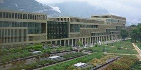 Avec IntenCity, l'objectif est de montrer qu'un bâtiment durable peut être aussi beau et agréable à habiter. Ce n'est pas de la science-fiction, ni quelque chose que l'on ne réalisera que d'ici 20 ans, estime le dg de la branche gestion de l'énergie de Schneider Electric, Philippe Delorme.