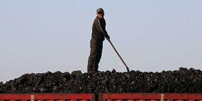 Alors que de nombreux pays développés ont cherché à réduire le charbon dans leur mix électrique national pour respecter leurs engagements en matière de climat, ils ont également souvent continué à aider à financer des projets de charbon à l'étranger.