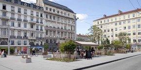 Saint-Etienne a regagné 4.000 habitants ces quatre dernières années et afficherait désormais, selon les estimations de la Chambre des Notaires (dont le bilan annuel n'est pas encore sorti), un prix du m² dans l'ancien à 1.200 euros environ, contre 800 euros en 2019.