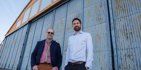 Mark Cousin et Pierre Farjounel d'Universal Hydrogen vont ouvrir un centre d'ingénierie dans le Hangar 16 de l'aéroport Toulouse-Blagnac.