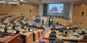 Xavier Bertrand, président des Hauts-de-France et candidat à l'élection présidentielle, a souhaité donner la parole à des entreprises sur les forces et les faiblesses de l'attractivité économique des Hauts-de-France.