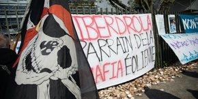 Manifestation de pêcheurs contre le projet d'éoliennes off shore confiée à une filiale d'Iberdrola.