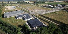 74% des crédits octroyés concernent des projets d'énergie renouvelables, dont une majorité pour l'installation de panneaux photovoltaïques, comme ici sur la propriété de la SCI Vincent Livron, représentant un crédit de 400.000 euros.