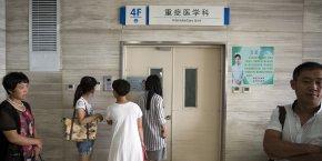 En Chine, les petits hôpitaux sont sous-utilisés, les gros hôpitaux dans les grandes villes sont sur-utilisés, explique Olivier Wierzba, directeur associé du Boston Consulting Group (BCG).