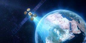 Les opérateurs terrestres et spatiaux se déchirent pour servir à moindre frais près de deux millions de foyers, qui ne bénéficieraient toujours pas en 2022, selon l'Idate, d'un débit de huit Mégabit/seconde via les solutions filaires.