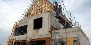 Le secteur de la construction se distingue avec 9.000 créations nettes d'emplois.