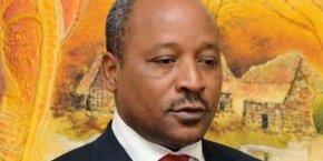 Au plus fort du contentieux, le ministre nigérien des Finances, Hassoumi Massaoudou, avait qualifié les responsables d'Africard, de bandes d'escrocs.