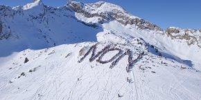 Le 21 janvier, 650 personnes dessinaient leur non au projet de nouveau télésiège entre Les Gets et Saint-Jean-d'Aulps.