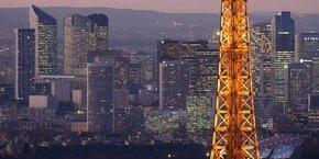 La candidature de Paris a prévu deux options, l'une dans le quartier de la Défense et l'autre dans le centre-ville, dans un lieu gardé secret, options qui correspondent aux souhaits de l'EBA,  l'Autorité bancaire européenne.