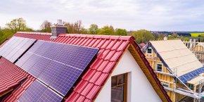 La nouvelle norme RE2020 vise à réduire d'au moins 30% la consommation d'énergie au quotidien des logements neufs, ainsi que les émissions de gaz à effet de serre tout au long de leur cycle de vie.