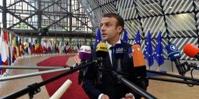 Le président Macron, à Bruxelles jeudi et vendredi, estime qu'il a déjà marqué un point sur les sujets commerciaux.