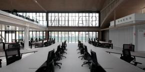Station F s'étale sur 34.000 mètres carrés dans le 13e arrondissement de Paris. Le campus de startups abrite un véritable mini-écosystème d'innovation.
