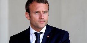 Jupiter ne réussit pas à Emmanuel Macron. D'après la dernière enquête BVA-La Tribune-Orange, il perd 5 points de cote de popularité (54%), les Français ayant une mauvaise opinion de lui lui reprochant son  arrogance, son autoritarisme et son mépris des classes populaires.